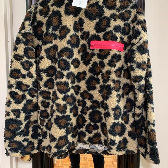Cheetah print fuzzy sweater top